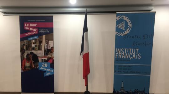 Remise des Palmes Académiques à quatre professeurs à l'occasion de la Journée internationale du professeur
